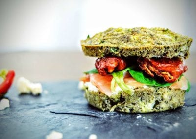 Low Carb Lachs Zucchini Burger
